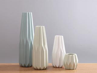 几何折纸彩色陶瓷花瓶
