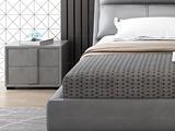 皮坊工艺 现代简约 扪布 浅灰色床头柜