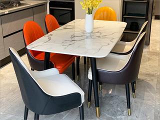 卡伦斯特 轻奢风格 大理石 不锈钢拉丝封釉镀钛金 实木架子1.6m餐桌